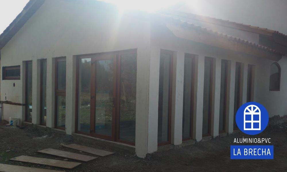 puerta exterior ventanas fijas